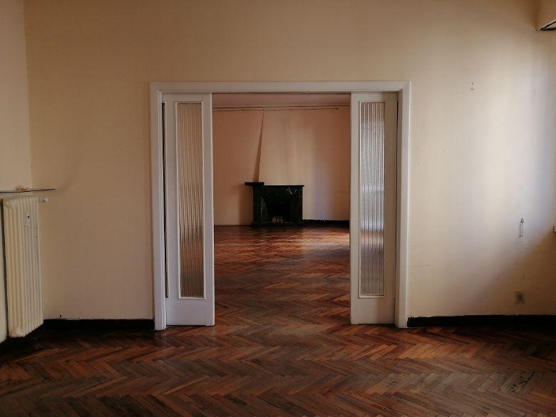 Appartamento ampia metratura con doppio ingresso Viale Buozzi